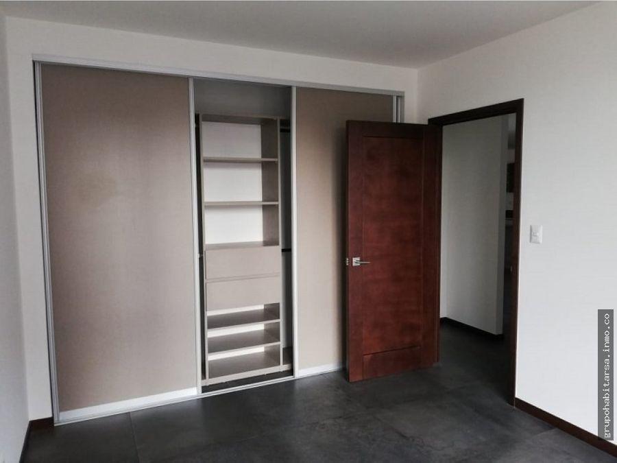 vendo zona 14 apartamento en nivel medio