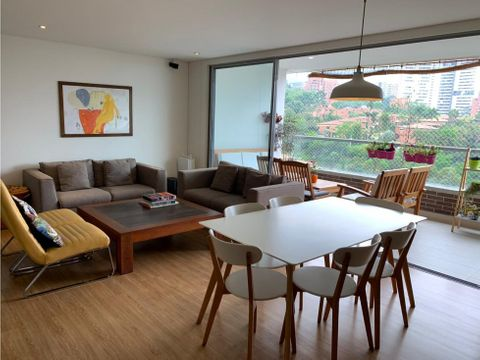classic apt w beautiful view in el poblado
