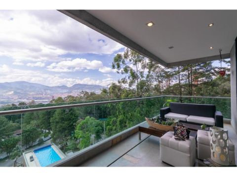 featured apt w open kitchen in el poblado