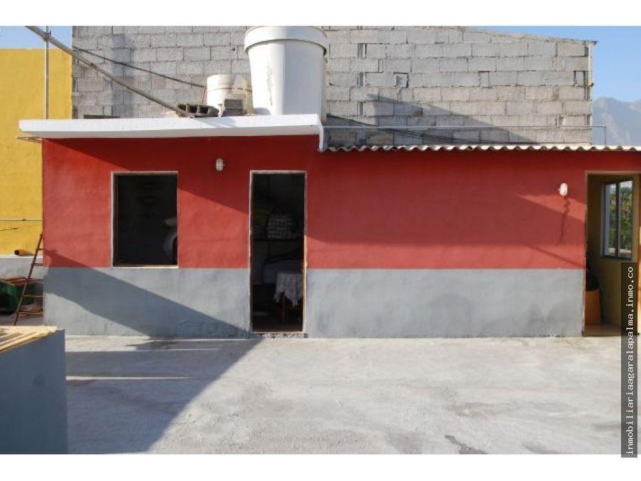 venta de casa de dos plantas en los llanos