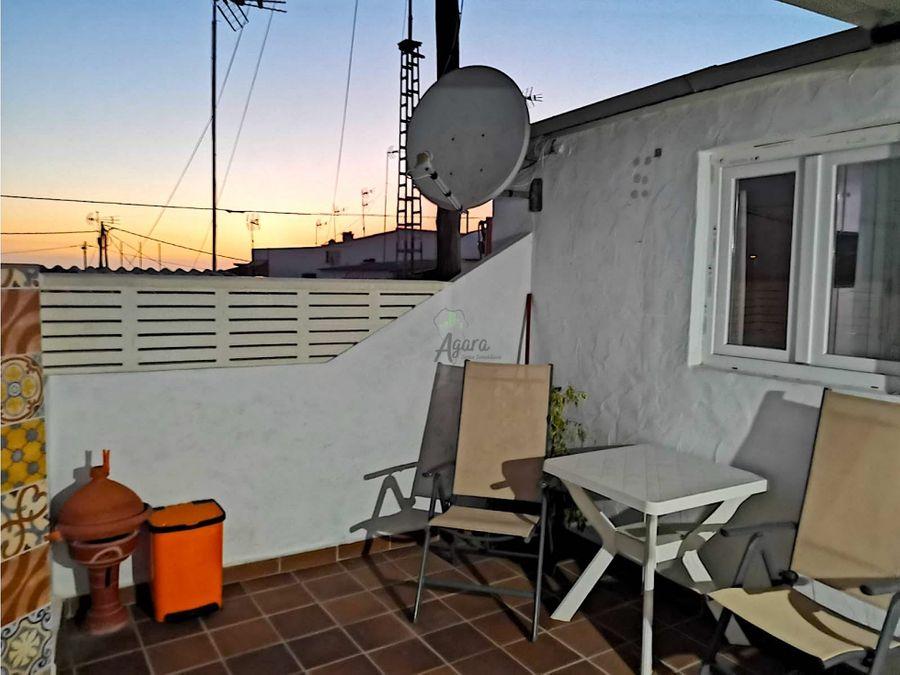 casa con terraza en el remo