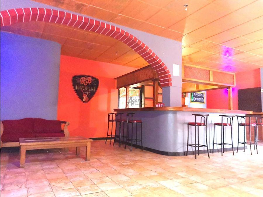 bar restaurante cafeteria en alquiler con licencia activa