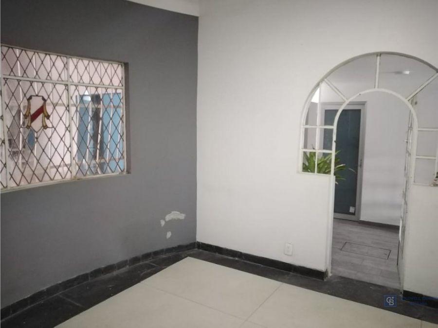 casa con uso de suelo en gustavo a madero