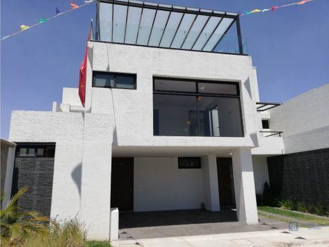 casa en renta en metepec bellavista
