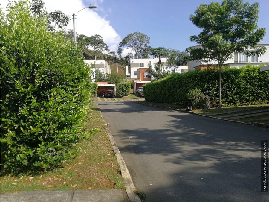 casa en alfaguara sector verde horizonte a 10 min de la 14 2