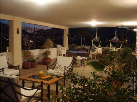 penthouse con amplios espacios en bavaria oportunidad santa marta010