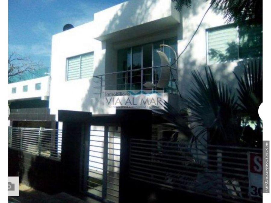 venta de casa moderna frente al mar