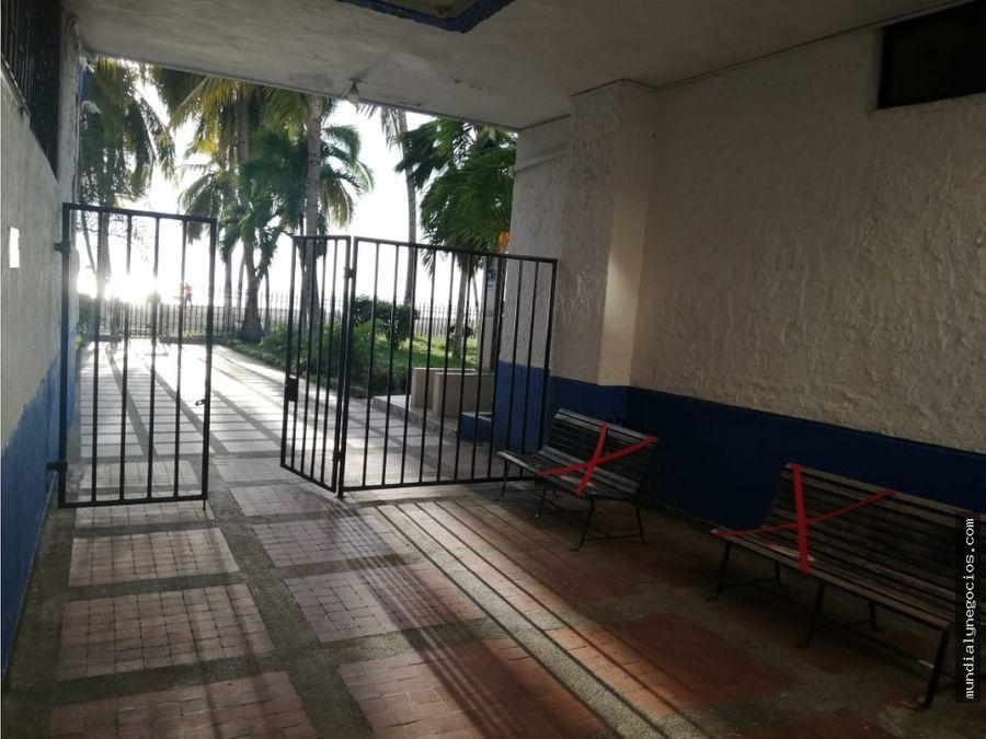 se vende arrienda apartamento amoblado en primera linea al mar 013