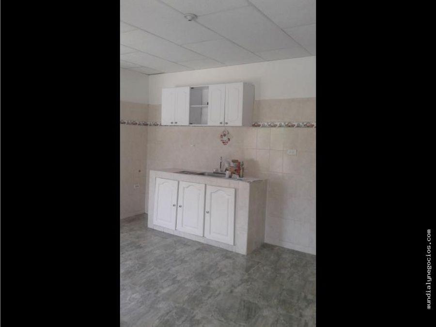 hermosa y acogedora casa duplex en escallon villa 002