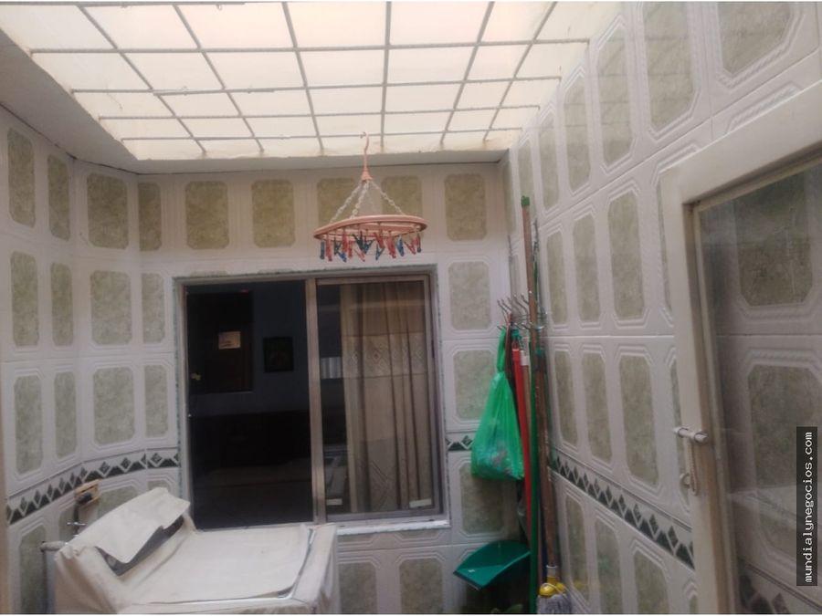 vende hermosa y amplia casa de 2 pisos en ibague