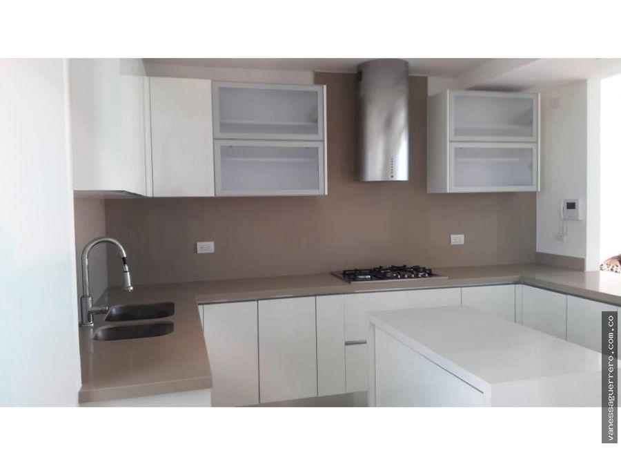 venta de lujoso apartamento en zona norte localidad riomar