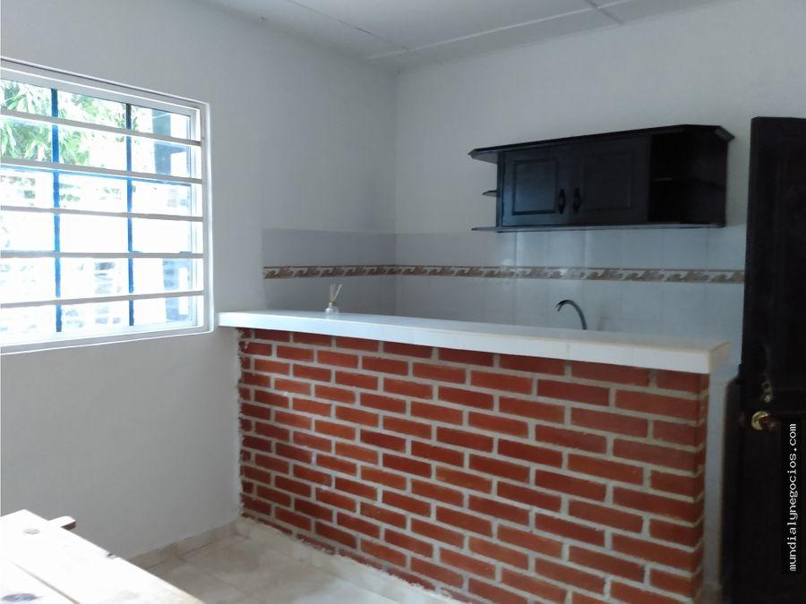 casa en venta con catorce apartaestudios