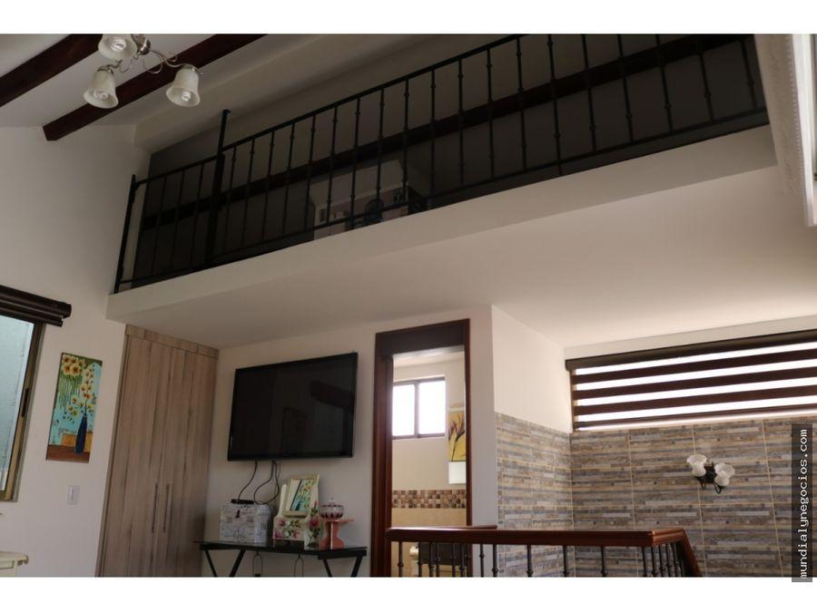 vende hermosa y amplia casa de 3 pisos en conjunto cerrado