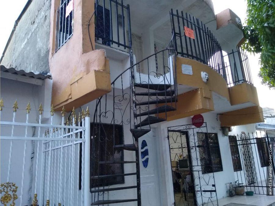 espectacular casa dividida en 4 apartamentos