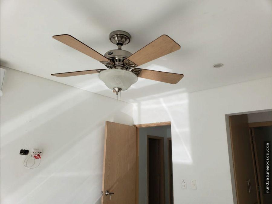 se vende hermosa casa en el mejor sector turistico de la ciudad 012