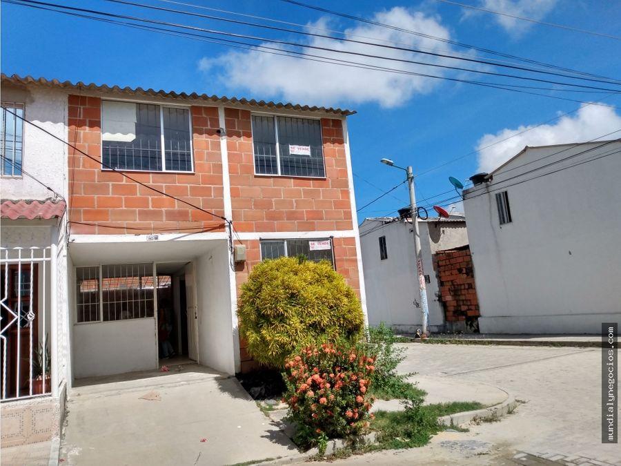 casa en venta de esquina bien ubicada