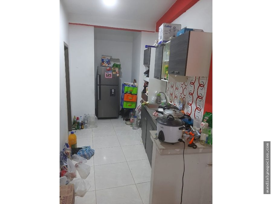 casa de 3 pisos amplia para la venta dosquebradas 01