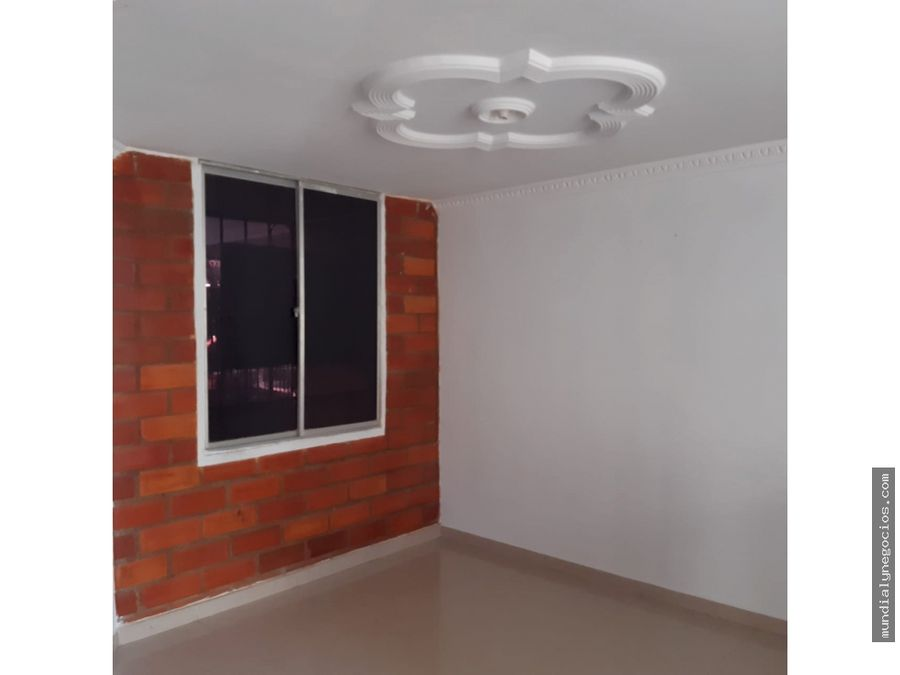 se vende casa hermosa de 2 pisos balcones del libertador hg0031