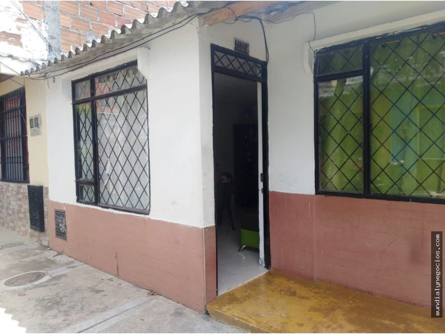 se vende casa economica en el barrio salado ibague