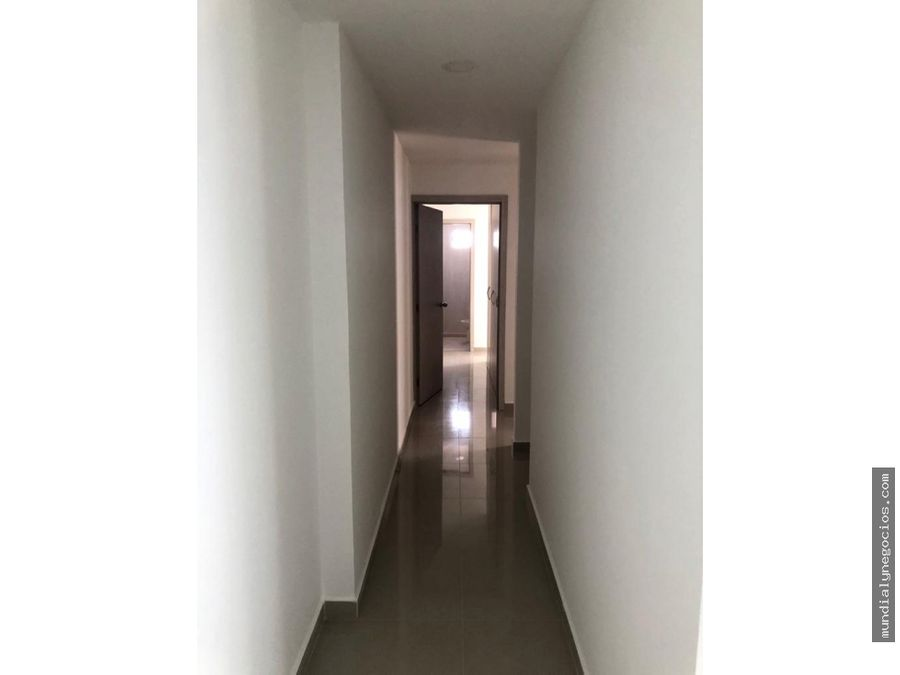 espectacular apartamento para estrenar en venta en manga 002