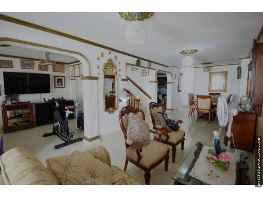 se vende esta hermosa casa