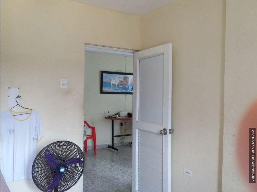 venta de casa con local al sur de barranquilla