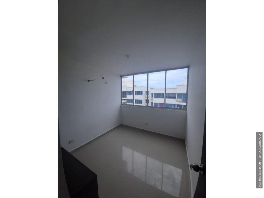 venta de hermoso apartamento en riomar zona norte