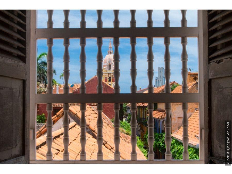 en venta magnifico edificio para remodelar en el centro historico ay