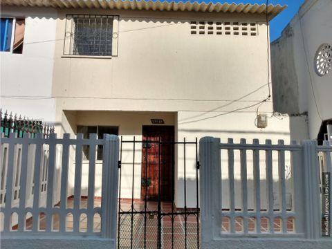 casa duplex en venta en los robles cerca a la circunvalar