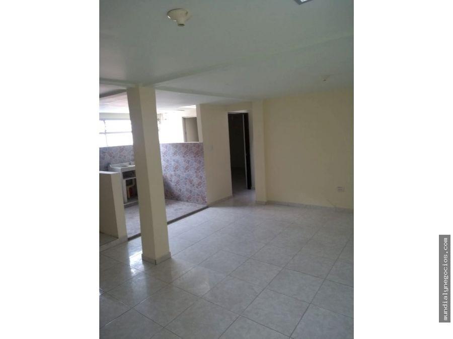 se vende espectacular casa de tres pisos independientes ddas 06
