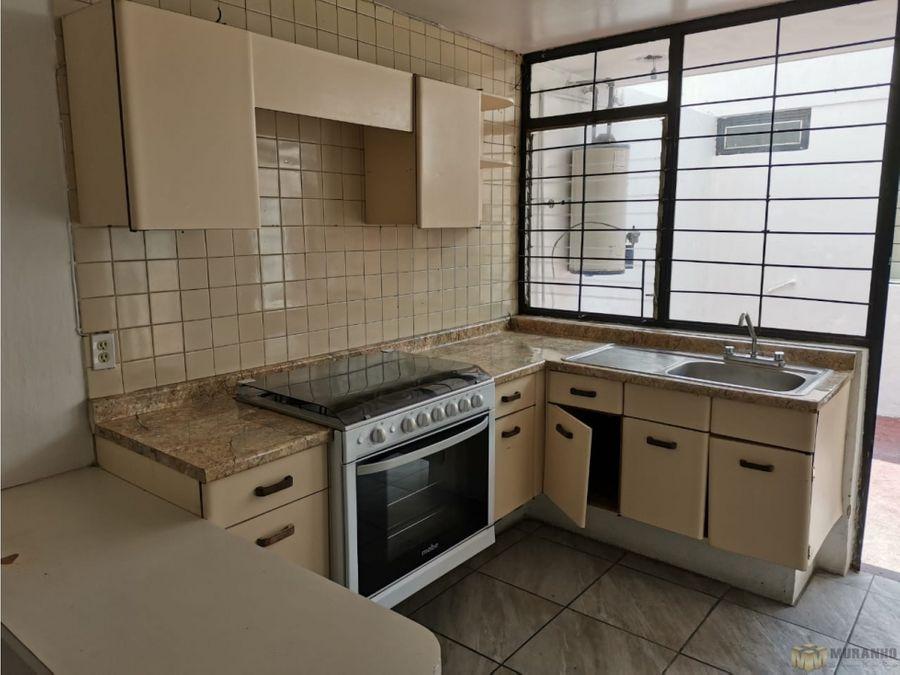 se renta casa en residencial victoria zapopan