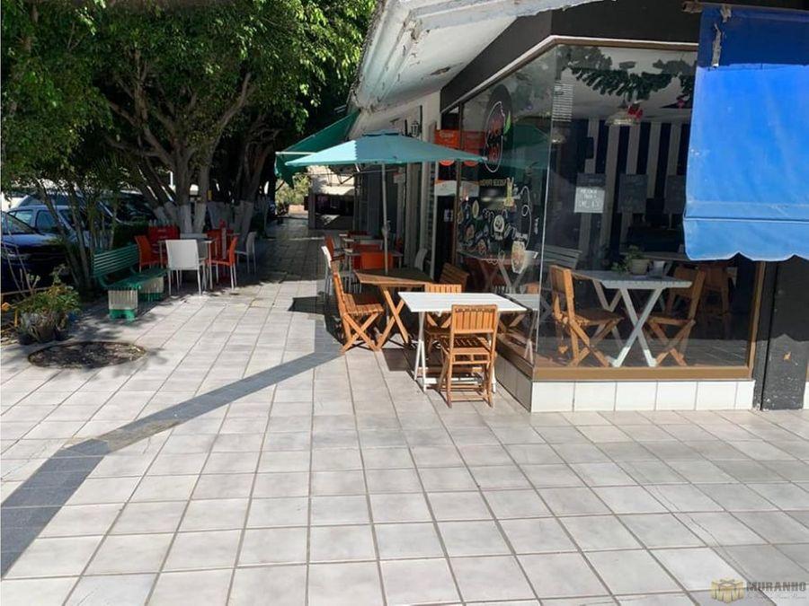 se renta local en plaza turquesa zapopan