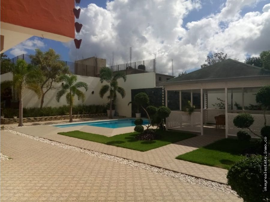 casa con piscina en santo domingo este