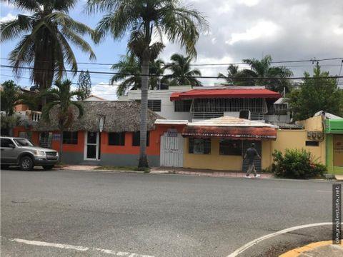 casa con 3 locales comerciales en los cacicazgos