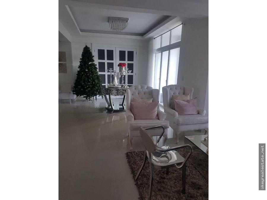 apartamento con terraza en la julia