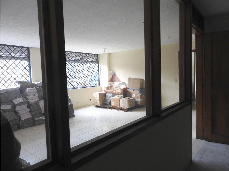 venta de bodega independiente en el poblado sector barrio colombia