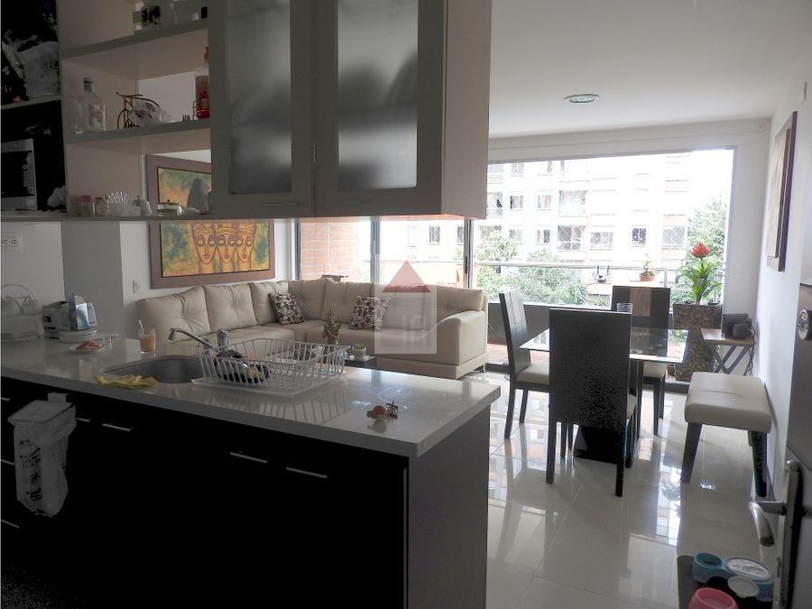 venta apartamento en el poblado sector parte baja de castropol