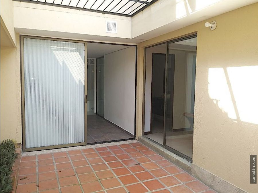 venta casa loma del escobero por mall guadalcanal