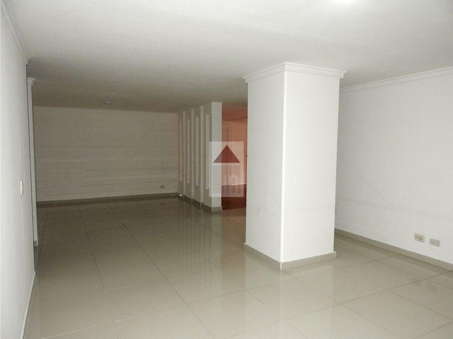 venta de apartamento por el centro comercial oviedo