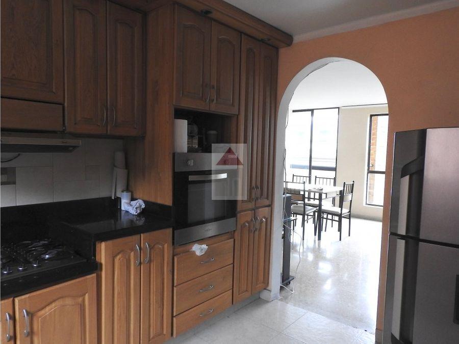 venta apartamento remodelado sector centro comercial santafe