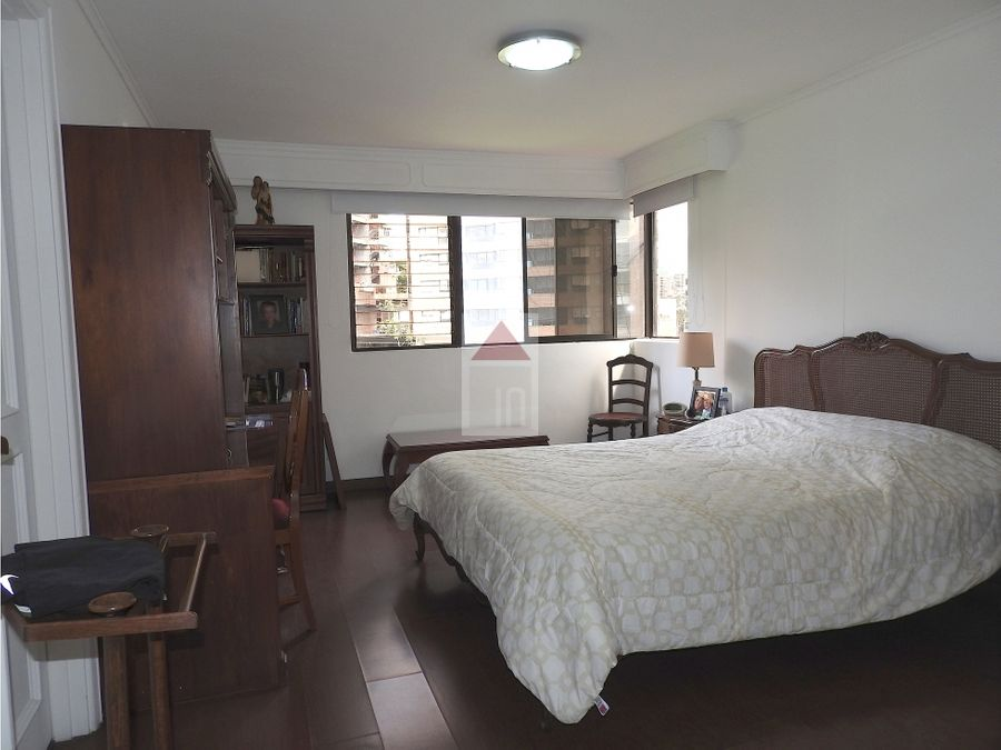 venta apartamento en la parte baja de castropol