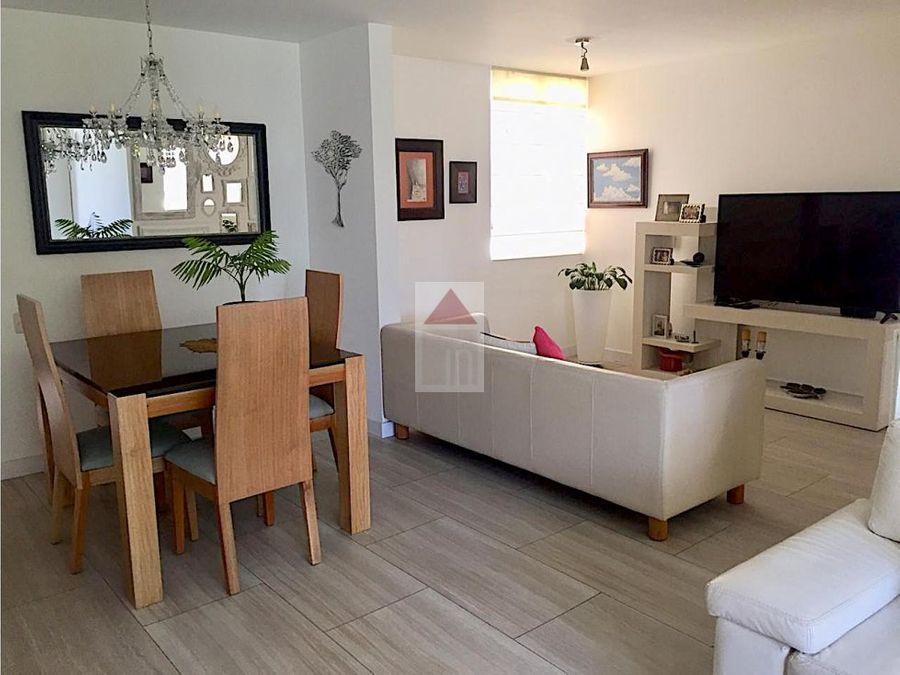 venta apartamento en el poblado sector cola del zorro