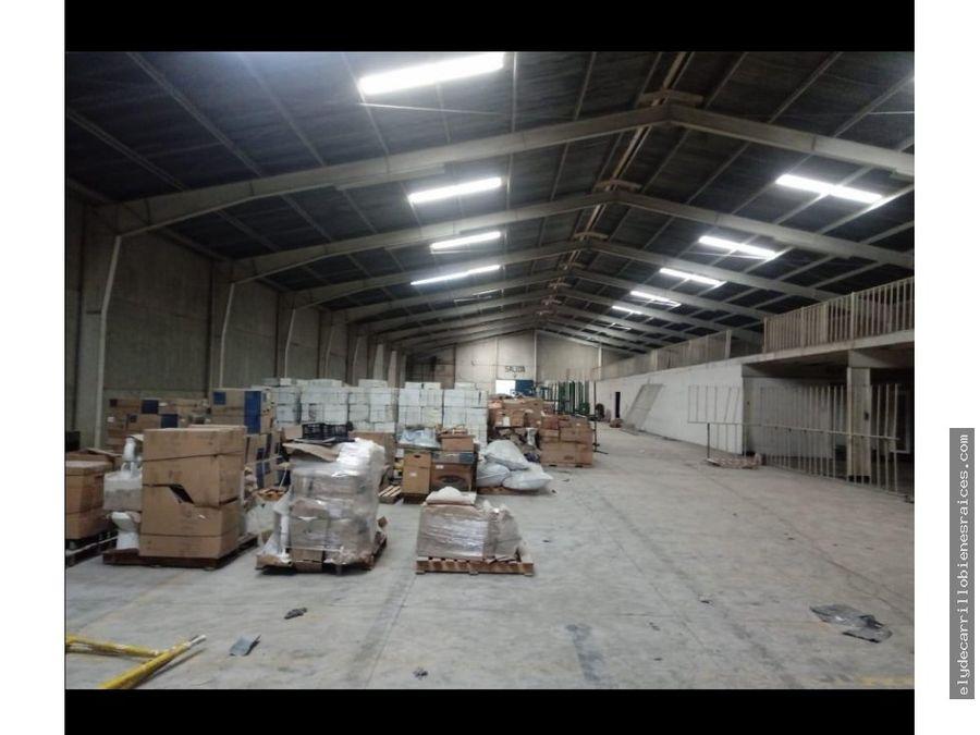 bodega en renta el naranjo zona 4 mixco 2200 m2 todos sus servicios
