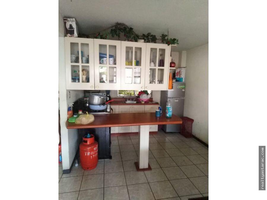 casa en alamedas de san miguel en villa nueva