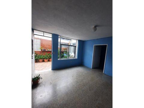 apartamento en kaminal juyu zona 7 1er nivel