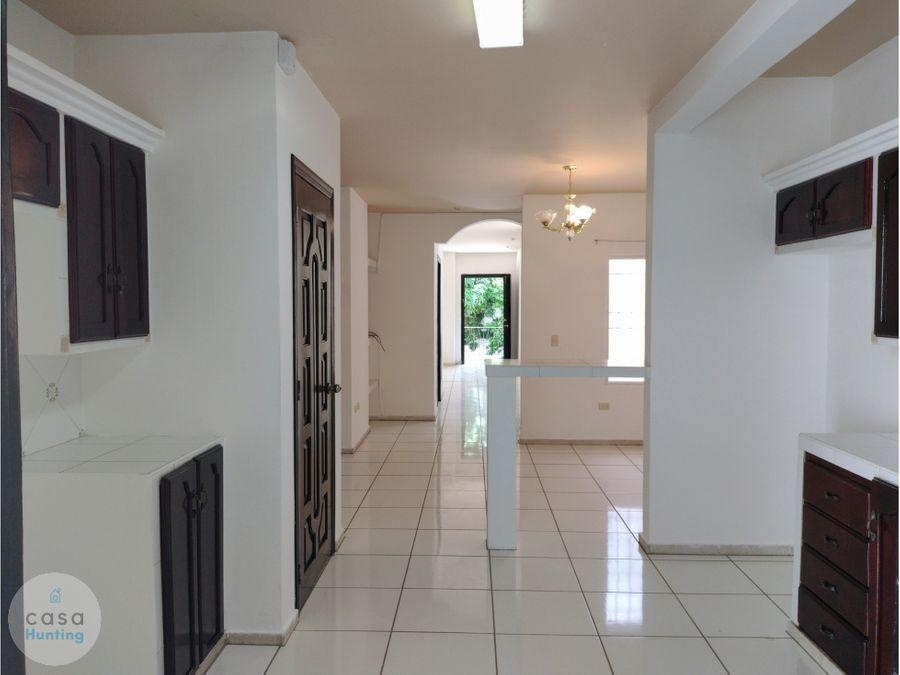alquiler de town house san ignacio 725