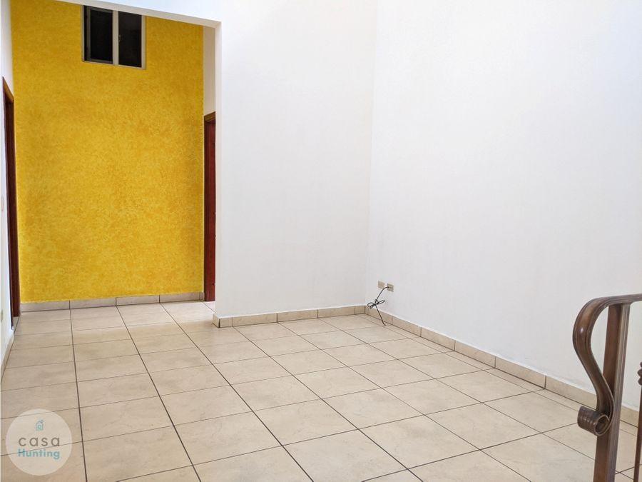 casa en alquiler san ignacio 3 hab
