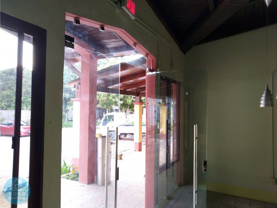 alquiler local comercial 32 m2 valle de angeles