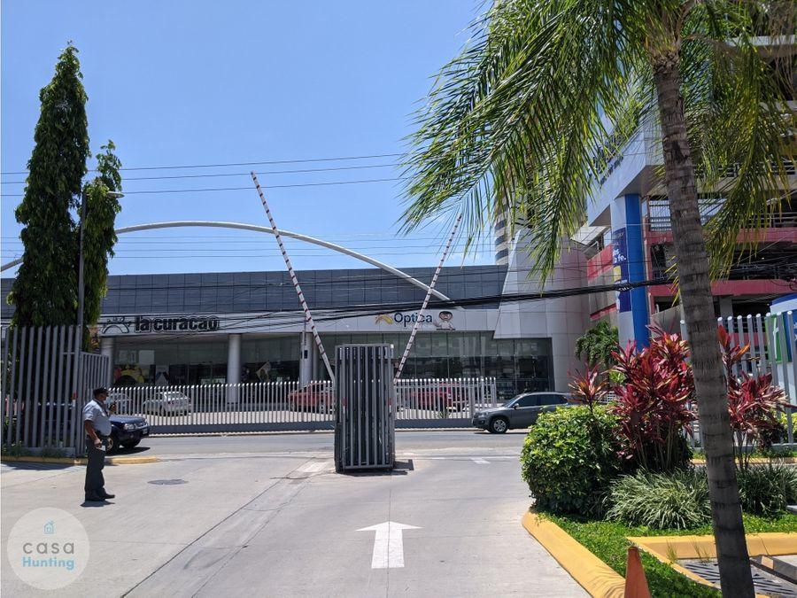 local comercial en plaza san rafael lomas del mayab 9703 m2