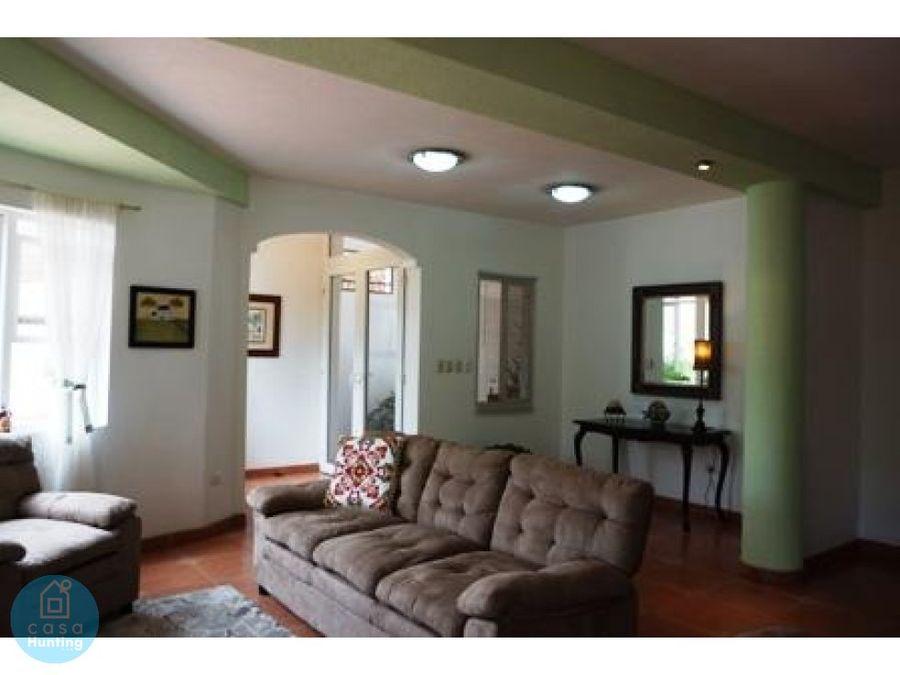 venta de casa en residencial de santa lucia